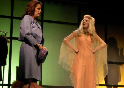 The Women, Phoenix Theatre, photo: Laura Durant